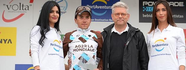 Domenico Pozzovivo, en el podio de la Volta. Repitió experiencia en el Trentino. / RAFA GÓMEZ