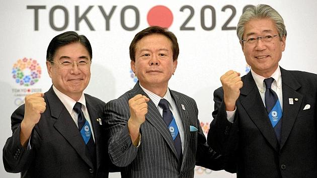 Representantes de la candidatura de Japón 2020 posan ante las cámaras. Foto: RTRPIX