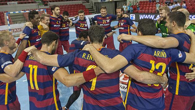 Los jugadores del Barcelona celebran la victoria