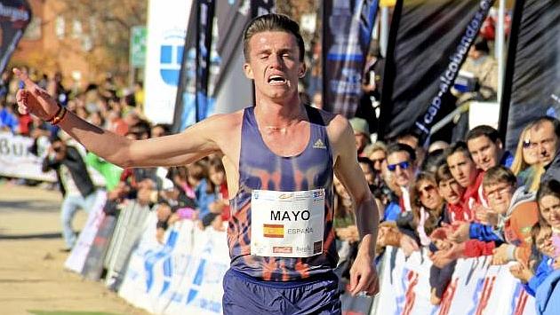 Carlos Mayo, en un cross de esta temporada.