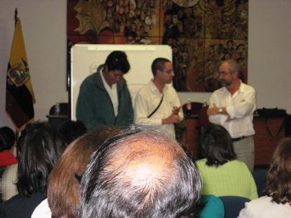 Dorys, yo y Juan Luis en la exposición