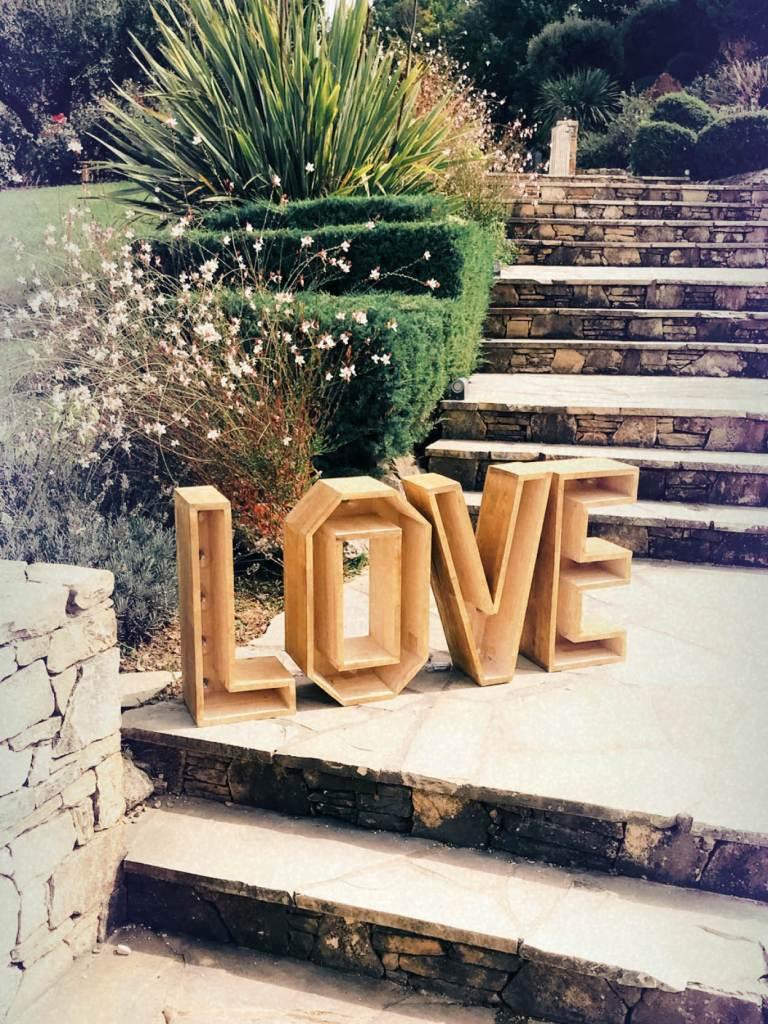 lettres-lumineuses-bois-LOVE