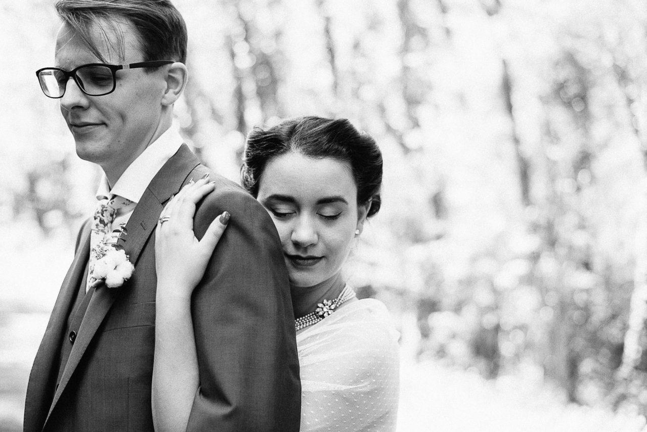 Les photos de couple avant de partir se marier à la mairie
