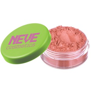 NeveCosmetics-Mineral-Blush-Smile-02