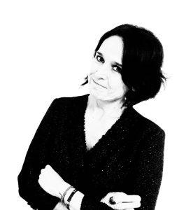 Dra. Esther Claver