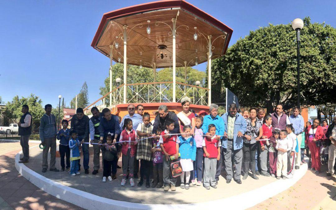 Deslumbrante: renuevan plaza en Aldama