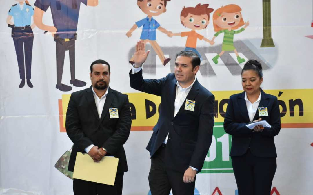 Lanza Alcalde programa de 'papos' para estudiantes