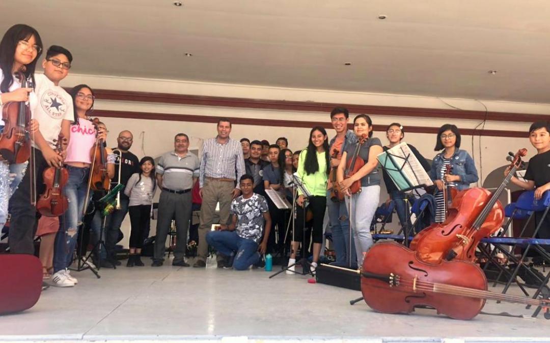 PARE OREJA: Musicaliza Orquesta el Himno a Silao