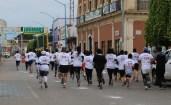 La carrera congregó a más de 100 participantes.