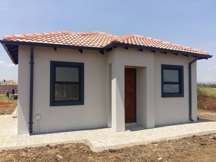 Economic and Standard Quality Houses in Gauteng South Africa (1