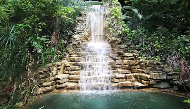 Family Garden Inn & Suites in Laredo, Texas (2)