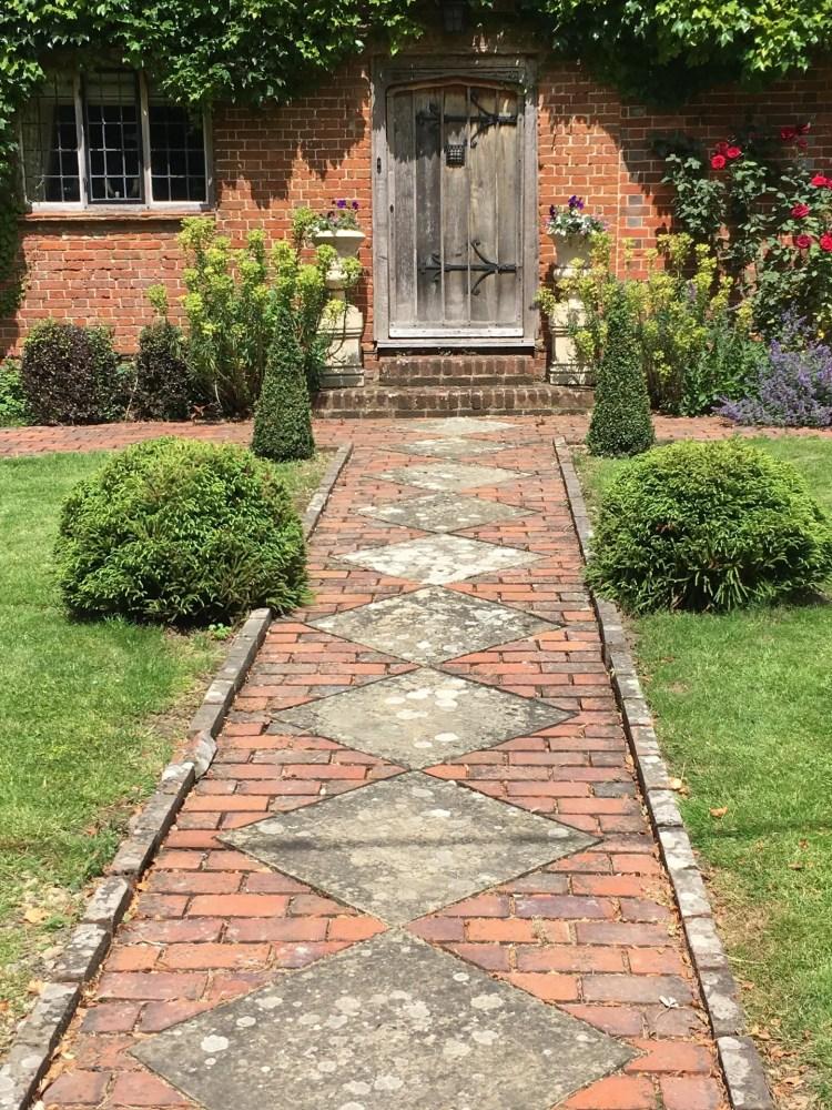 Alton, Hampshire, England (1) - 1440x1920