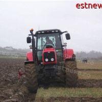 29 de tineri din Berezeni și Fălciu se vor califica în meseria de tractorist