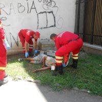 Bârlădean de 19 ani, prăbușit pe stradă din cauza etnobotanicelor