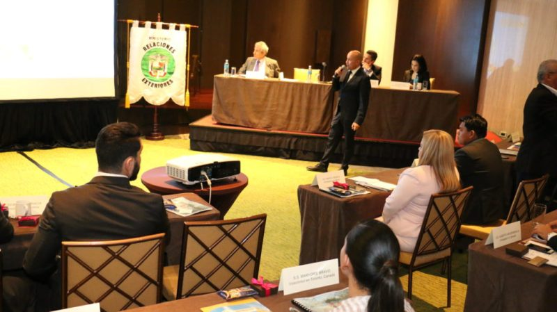embajadores-reunion-072