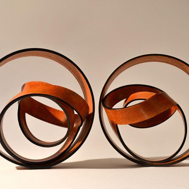 Espirales y geometría en las cerámicas de Miguel Molet