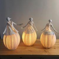 Las esculturas luminosas de Papier à êtres