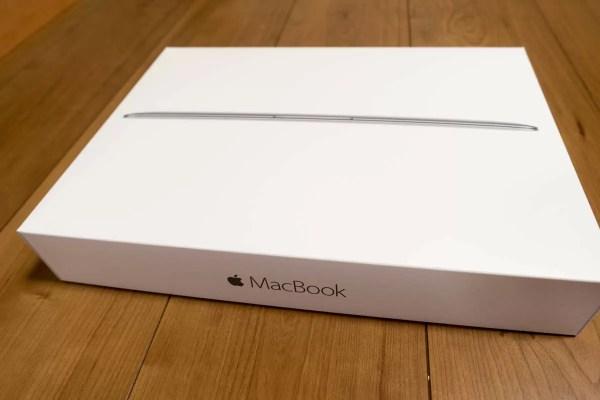 大満足のMacBook