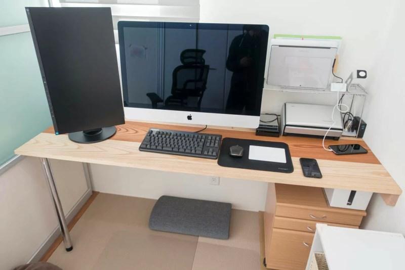 完成したiMacのデュアルディスプレイ環境