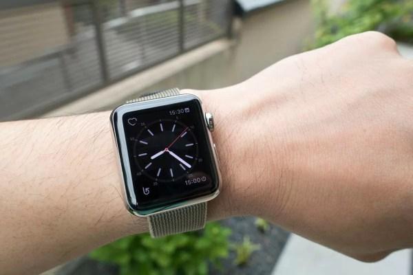 時計が常時表示できない