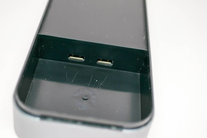 USBポートが2つ