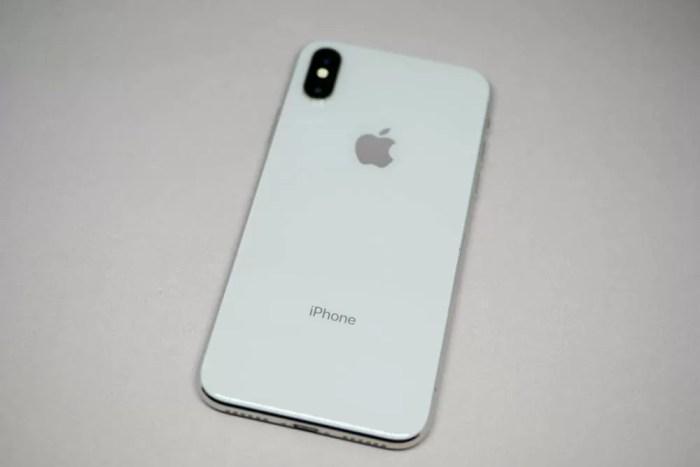 iPhone Xの裏側