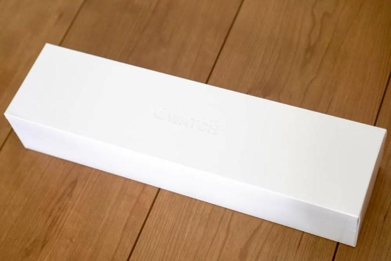 Apple Watch Series 4の化粧箱表面