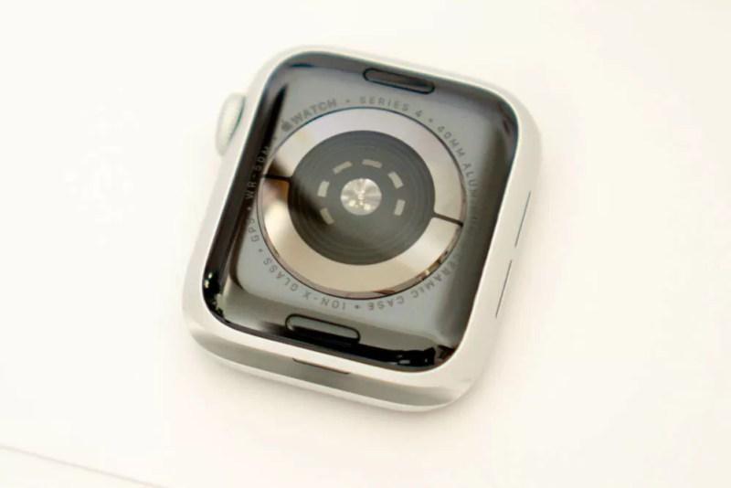 Apple Watch Series 4の裏面