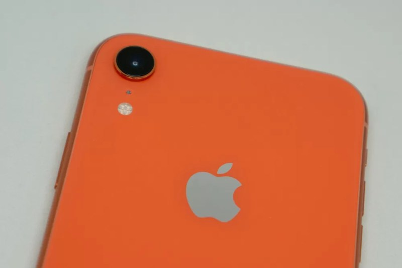 iPhone XRのカメラはシングルレンズ