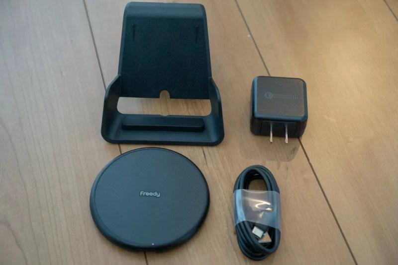 「Flex 10Wワイヤレス充電パッド EA1201S」の同梱品