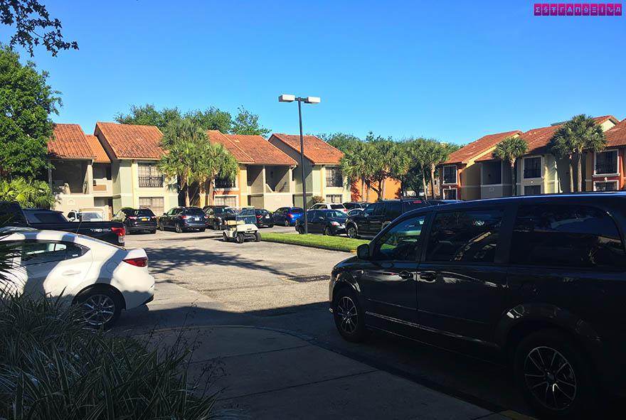 legacy-vacation-club-hospedagem-orlando-estacionamento