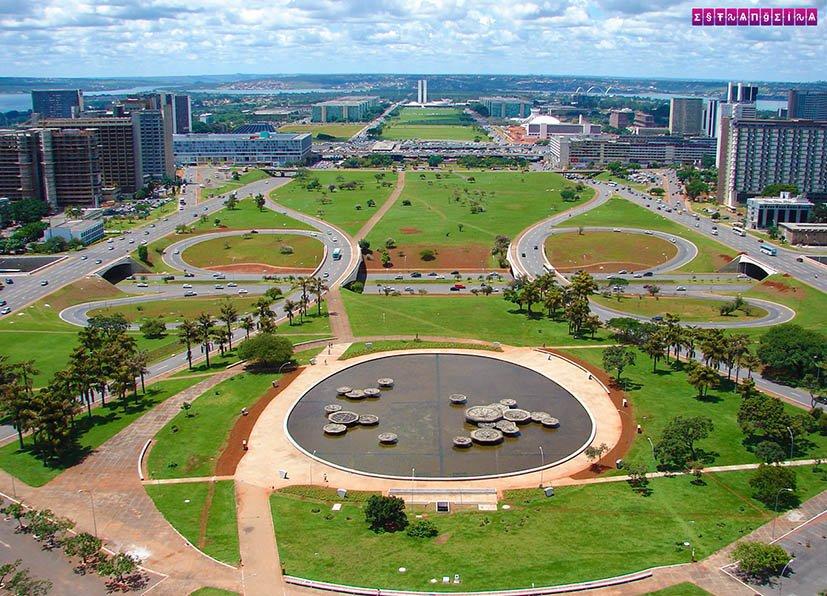 Brasilia-torre-de-tv