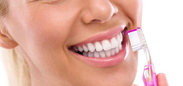 Higiene oral para prevención de enfermedades bucales