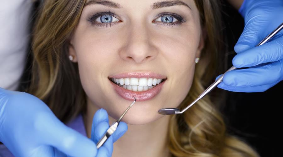 Extracción de dientes supernumerarios