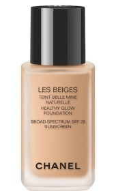 CHANEL Les Beiges Foundation No 20, $60