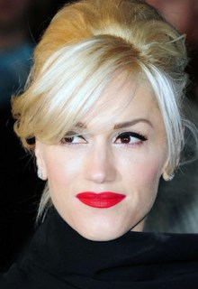 The Trend Dramatic RED Lips Gwen Stefani