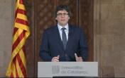 ntervención del presidente de la Generalitat, Carles Puigdemont, antes de acompañar al expresident Artur Mas y las exconselleras Joana Ortega e Irene Rigau al Palacio de Justicia. http://www.larazon.es/fotogalerias/el-soberanismo-arropa-a-mas-por-el-9n-KH14460028