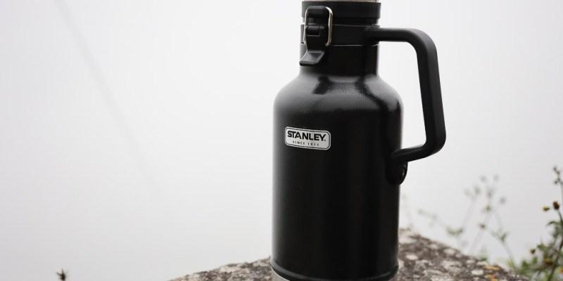 Stanley保溫瓶1.9公升,容量大保溫保熱保冰效果都不錯 保溫瓶|Stanley Classic Easy-Pour Growler 64 oz 1.9L