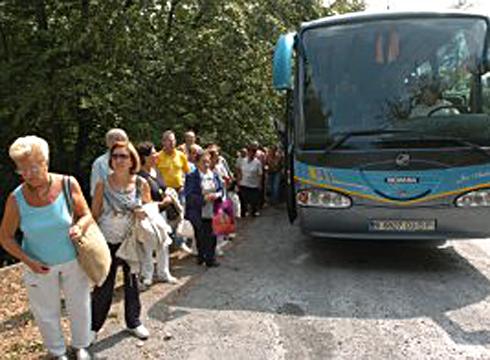 Leihatilak Arraterako autobusak hartzeko