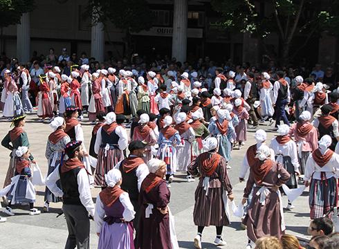 Larrain dantza ikastaroa hasiko da datorren astean Arrate Kultur Elkartean