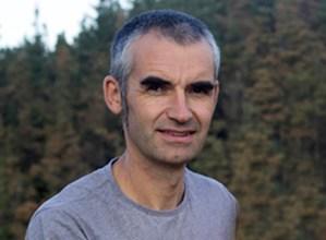"""Jaime Altuna, soziolinguista: """"Mintegiak Euskal Herri osoan garatzen ari diren ekimenen berri ematen du beti"""""""