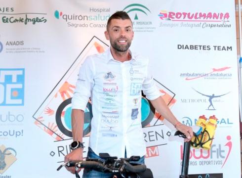 Eibartik Sevillara bizikletan diabetesa duten umeen alde