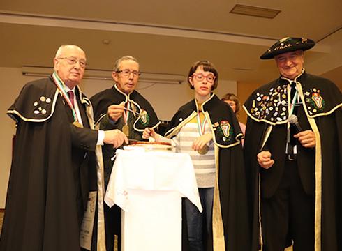 Mateo Guilabert, Pedro Iriondo eta Koro Alonso Eibarko Bakillauaren Kofradixako ohorezko kide izendatu dituzte