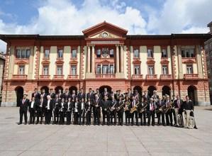 Munduko dantzei eskainitako kontzertua emango du Musika Bandak bihar, 12:30ean Coliseoan