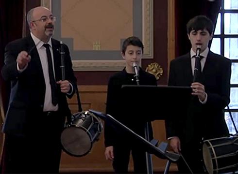 Jose Miguel Laskurain Bielorrusiara bidaiatuko da eguenean, hango orkestra zuzentzeko