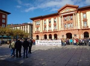 Gazte eragileek bat egin dute pentsiodunek biharko deitu duten manifestazioarekin