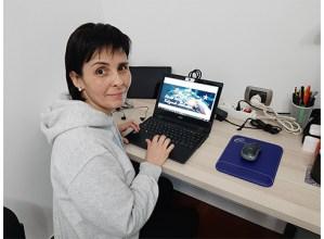"""IZASKUN ORTEGA, La Salle: """"Internet bidezko hezkuntza ongi dago, baina ikasleekin egotearen falta igartzen dugu"""""""