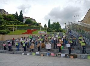 Eibartarrek ere bat egin zuten Hamaika Gara erreferendumaren aldeko mugimenduaren deiarekin