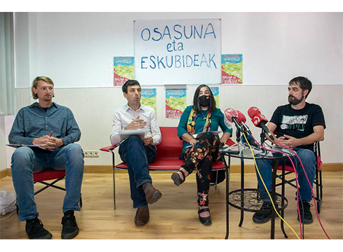 """Asier Arregi, 'Osasuna eta eskubideak': """"Eztabaida zientifikoa egotea eta publikoa izatea eskatzen dugu"""""""