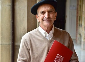 Jose Ramon Etxebarriari eman dio Eusko Ikaskuntzak 2020ko Manuel Lekuona Saria
